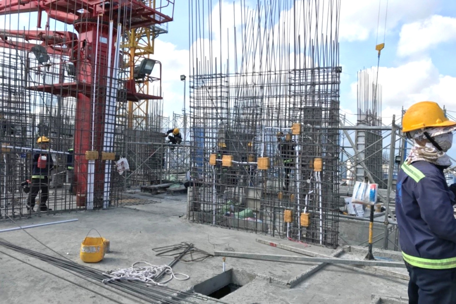 Constructing shear wall up to level 23
