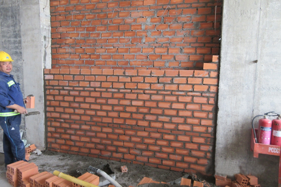 Brick wall construction at level 40